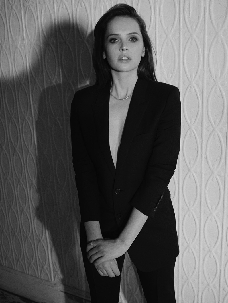 Felicity Jones by Matthew Sprout for PORTER Edit December 7th, 20183.jpg