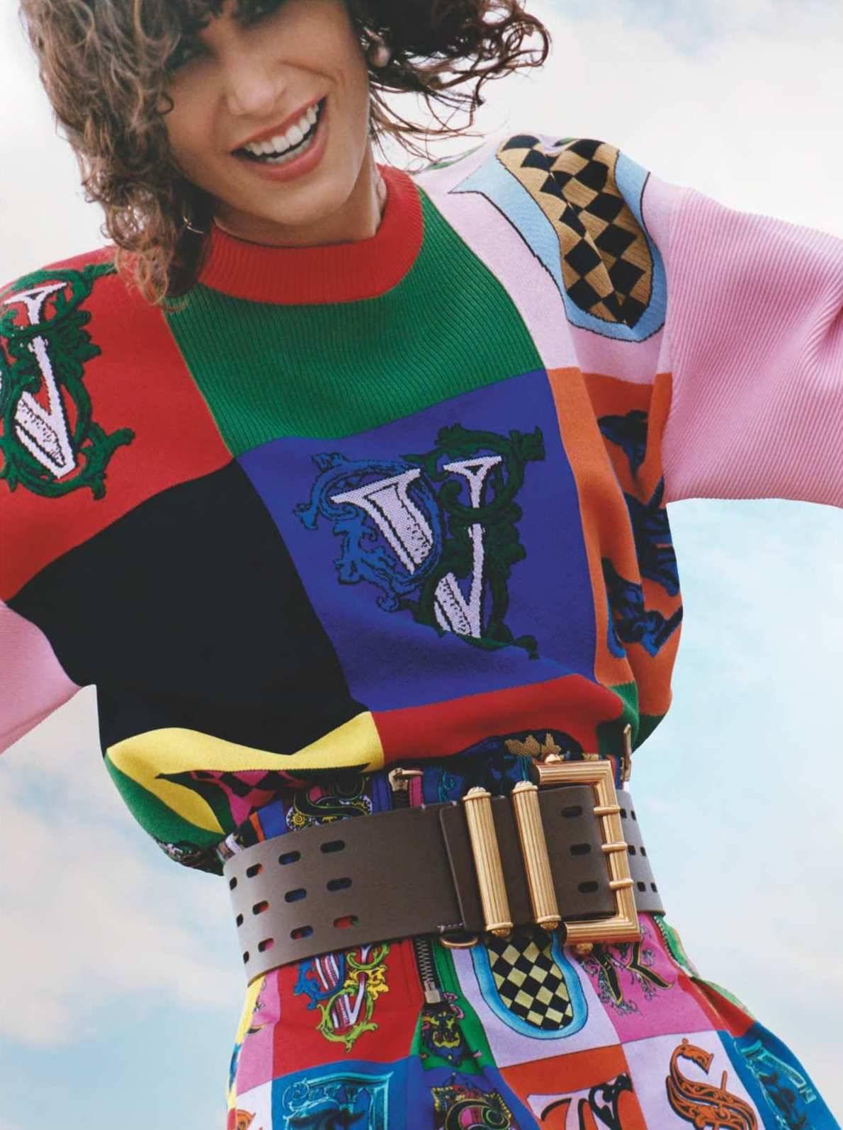 Mica Arganaraz by Oliver Hadlee Pearch for Vogue UK Jan 2019 (6).jpg