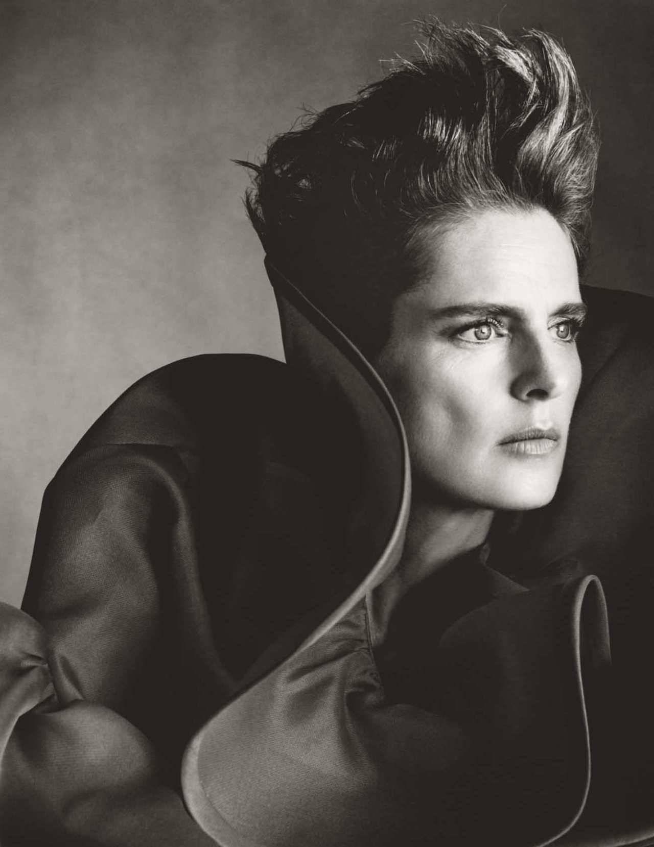 Stella Tennant by Steven Meisel for Vogue UK Dec 2018 (5).jpg