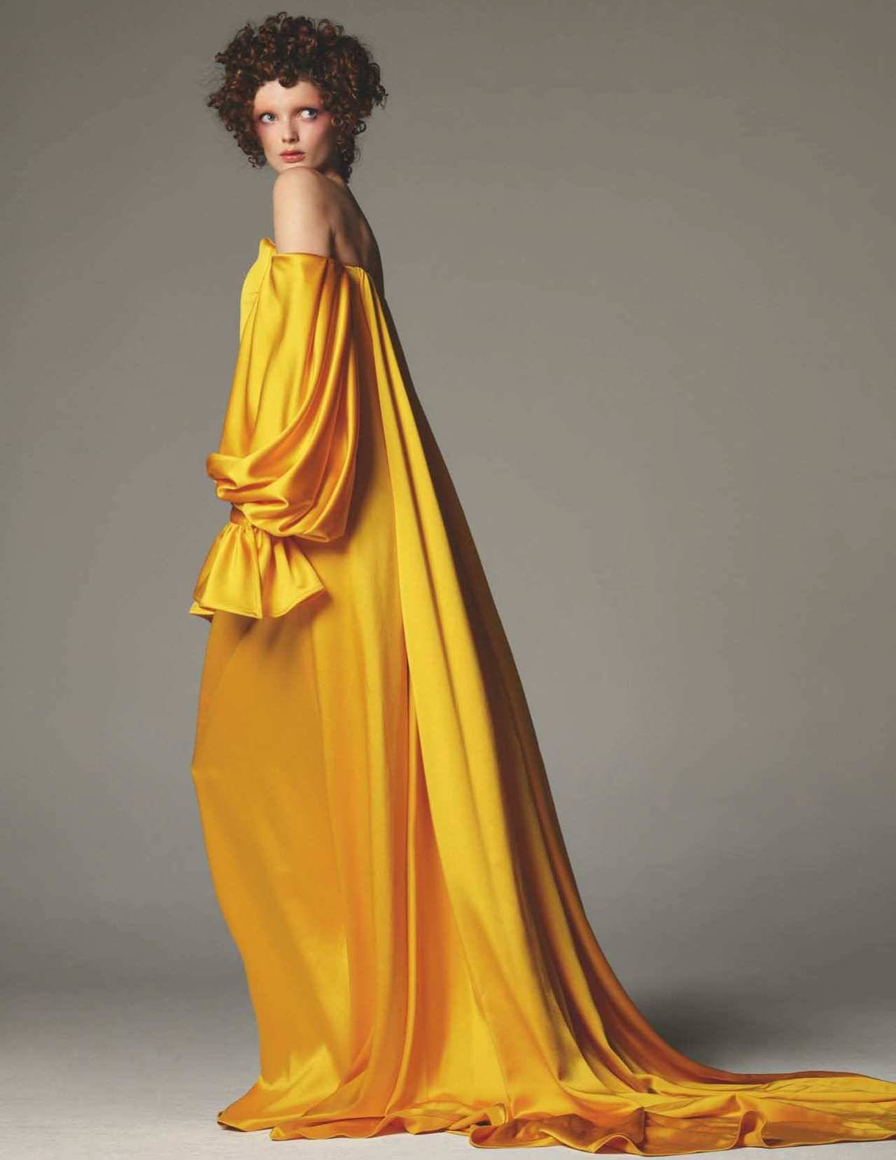 Steven Meisel for Vogue UK Dec 2018 (3).jpg