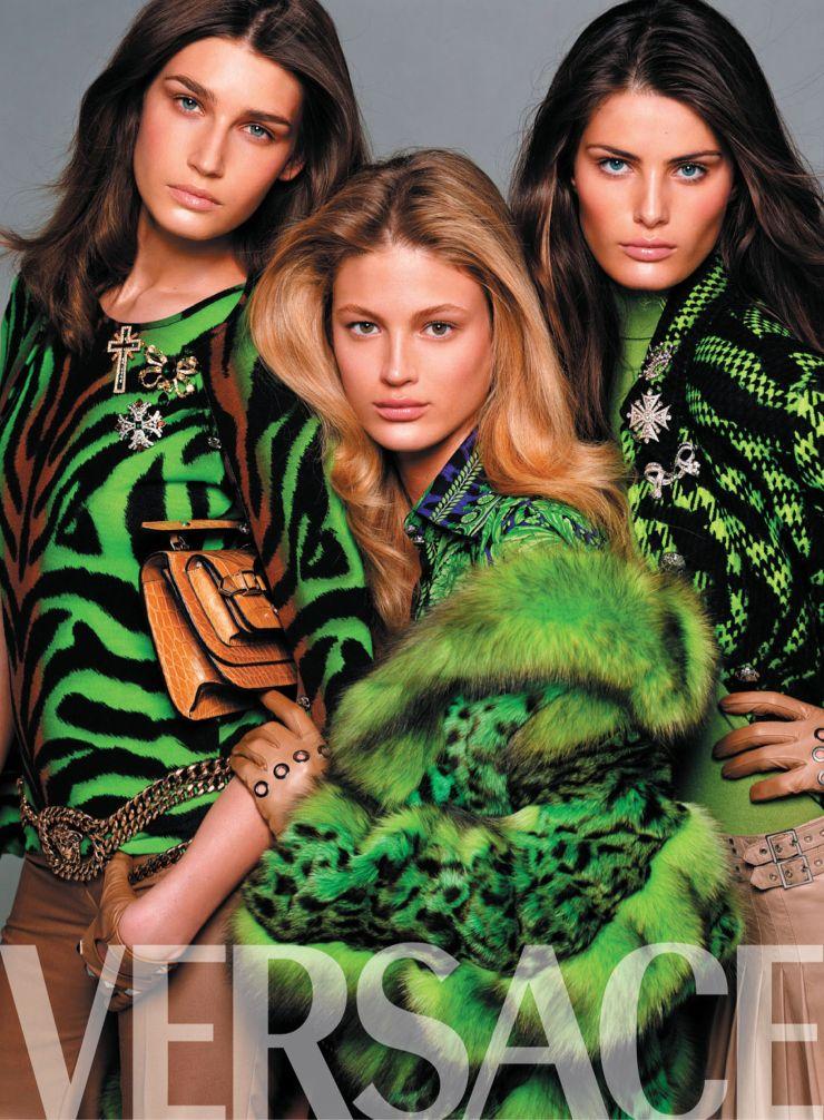 Versace Spring 2019 Campaign by Steven Meisel (1).jpg
