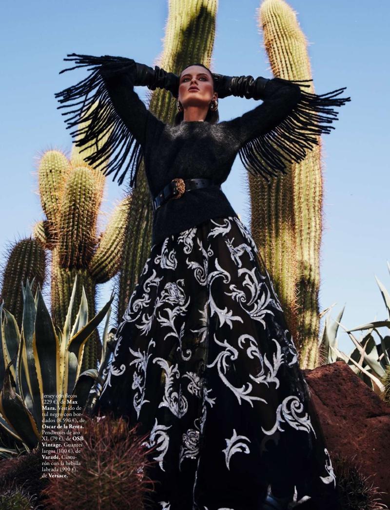 Elena Melnik by Rafa Gallar for Elle Spain  (6).jpg