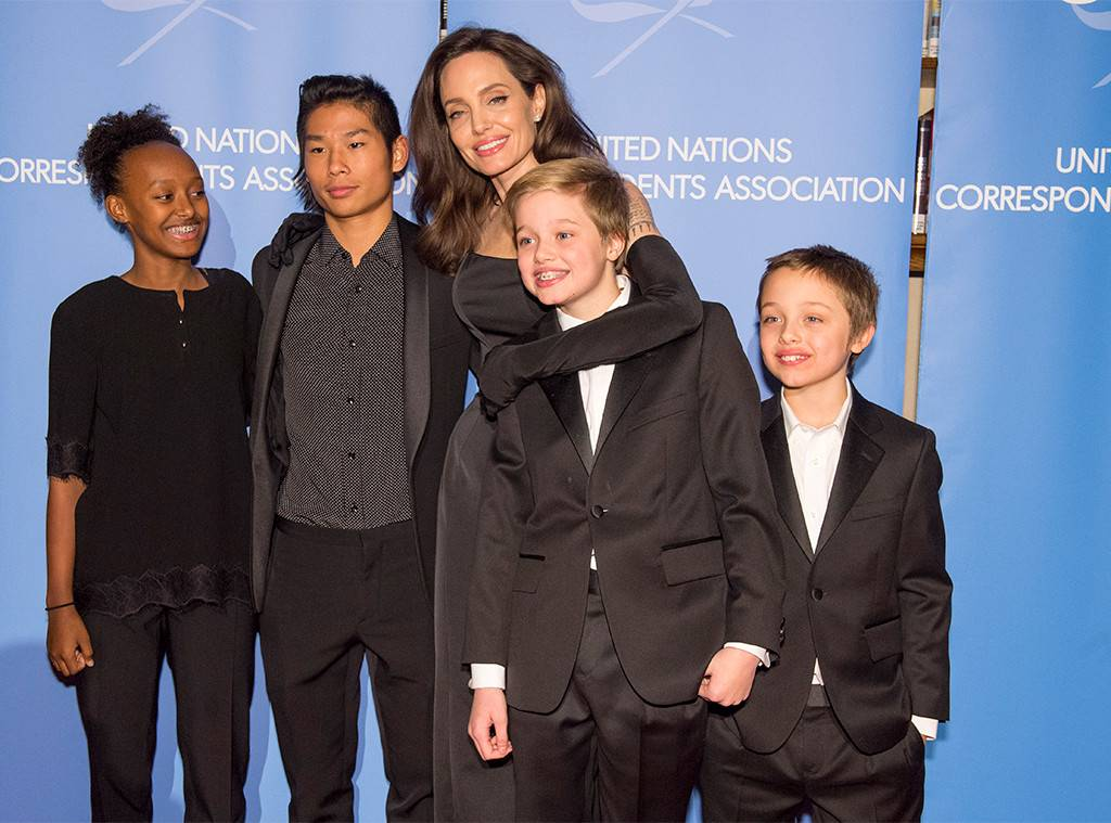 Angelina Jolie with children Pax, Knox, Shiloh, Zahara