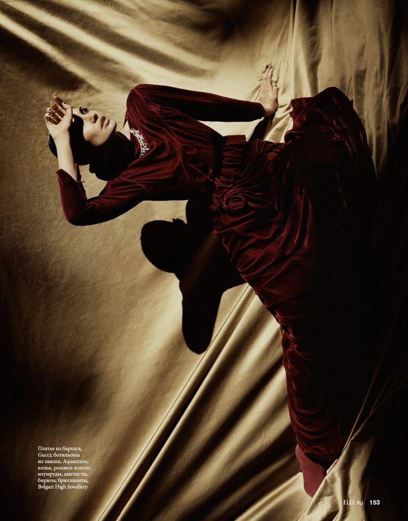 Lily Aldridge by Dan Beleiu for Elle Russia  (3).jpg