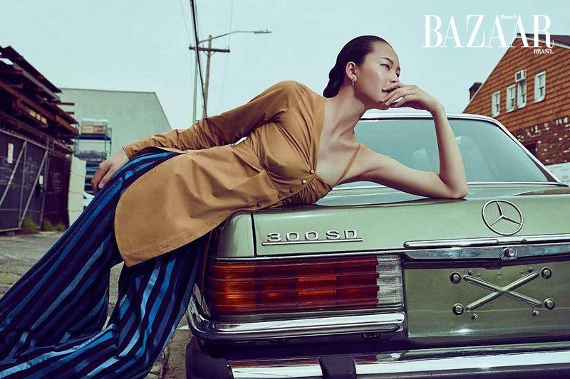 Xin Xiw for Harper's Bazaar Brazil Dec 2019 (3).jpg