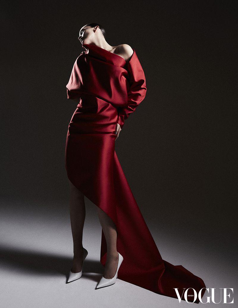 Emily DiDonato by Jack Waterlot for Vogue Arabia Jan 2019 (3).jpg