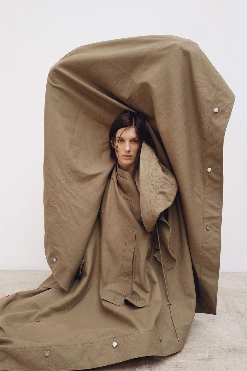 Marte Mei van Haaster by Bibi Cornejo Borthwick for Le Monde M (3).jpg
