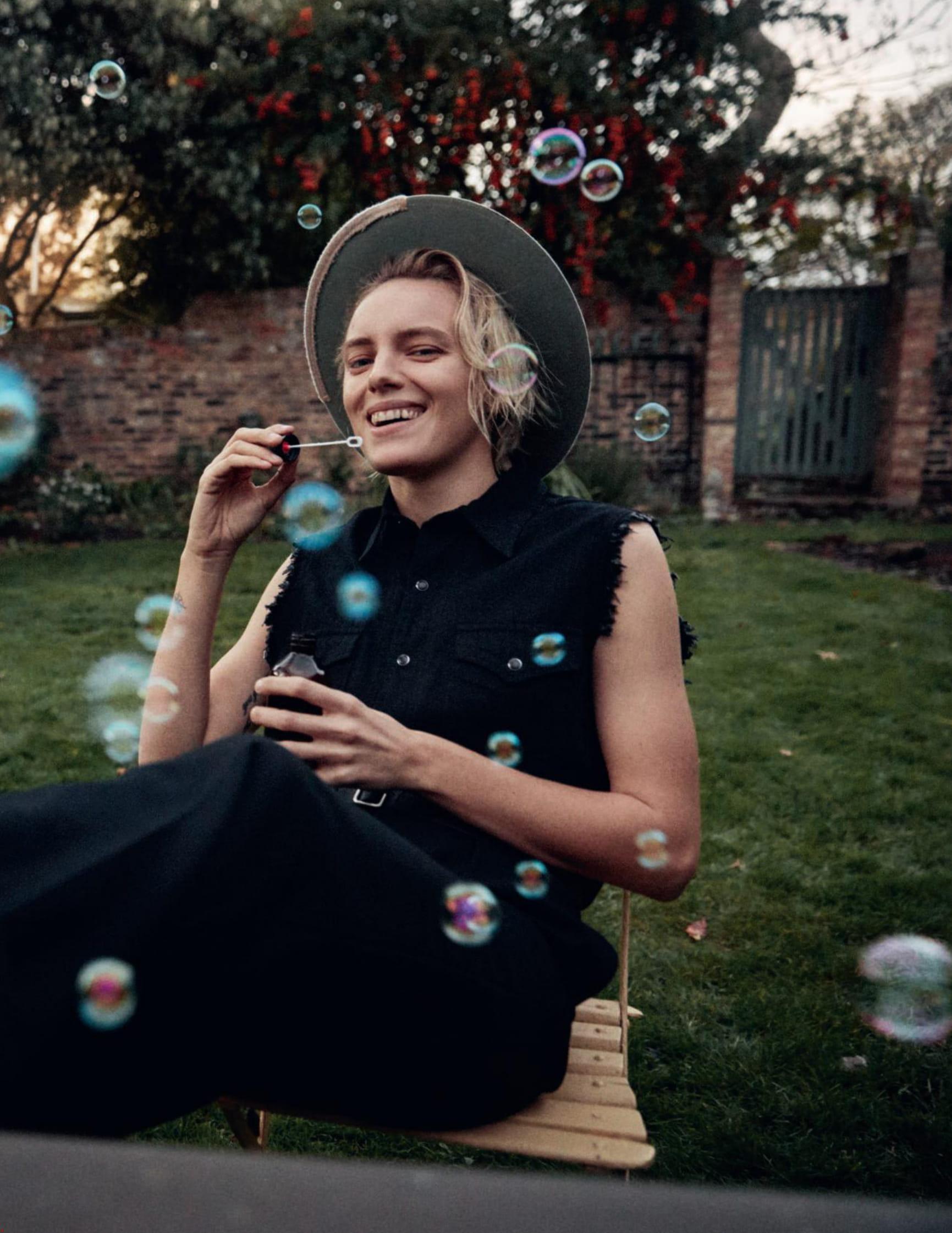 Erika Linder by Mikael Jansson for Vogue Paris Feb 2019 (4).jpg