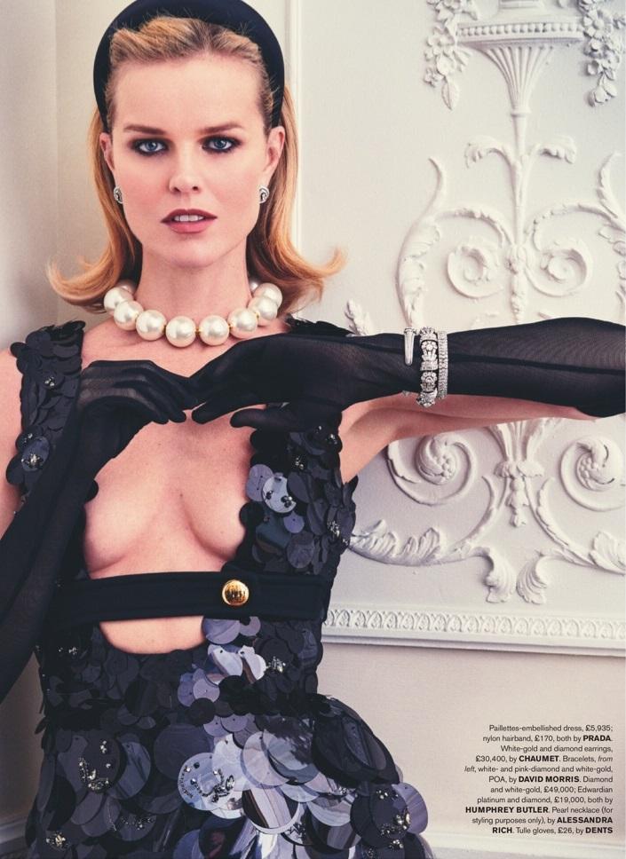 Eva Herzigova by Simon Emmett for Tatler March 2019 (6).jpg
