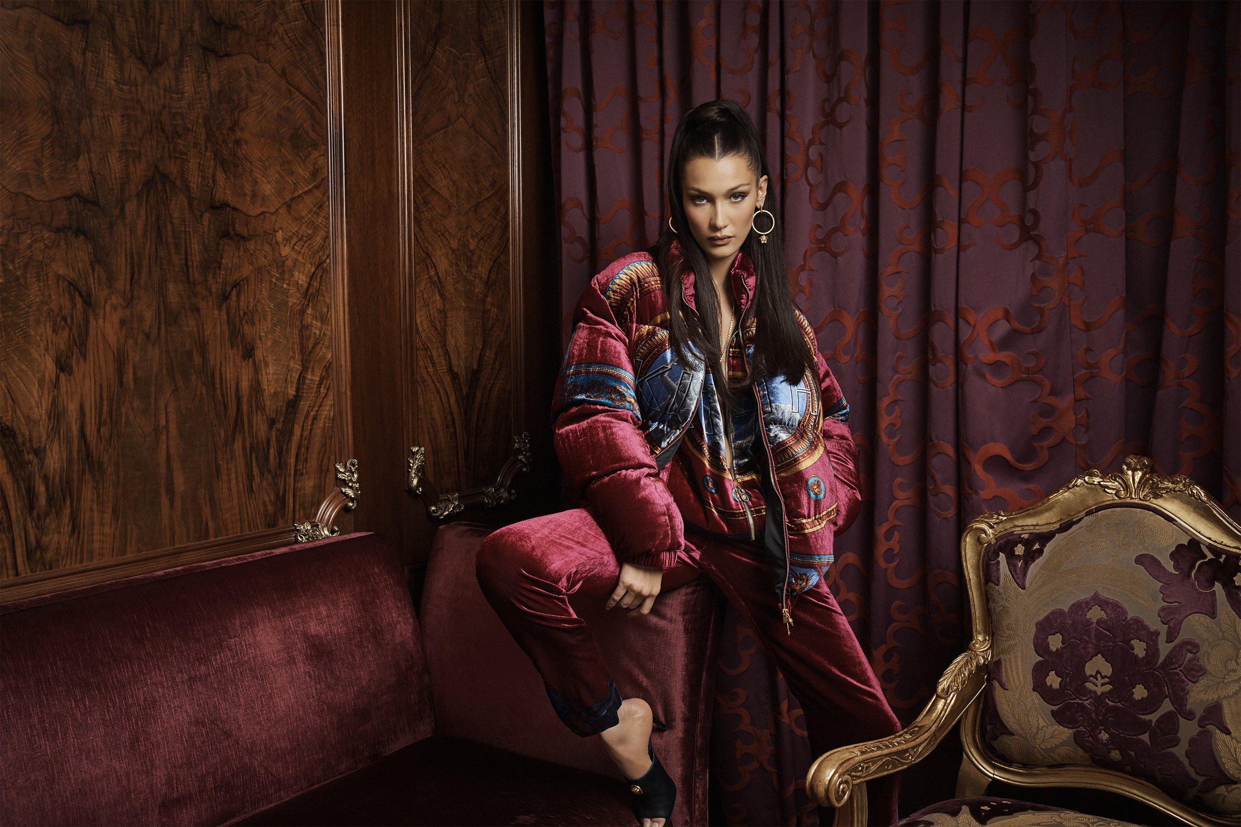 Bella Hadid Kith x Versace Sp 2019  (5).jpg