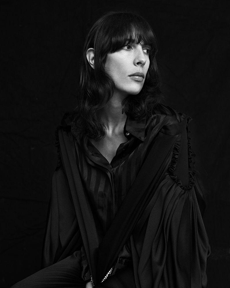 Jamie-Bochert-by-Branislav-Simoncik-for-Vogue-Portugal-March-2019- (4).jpg