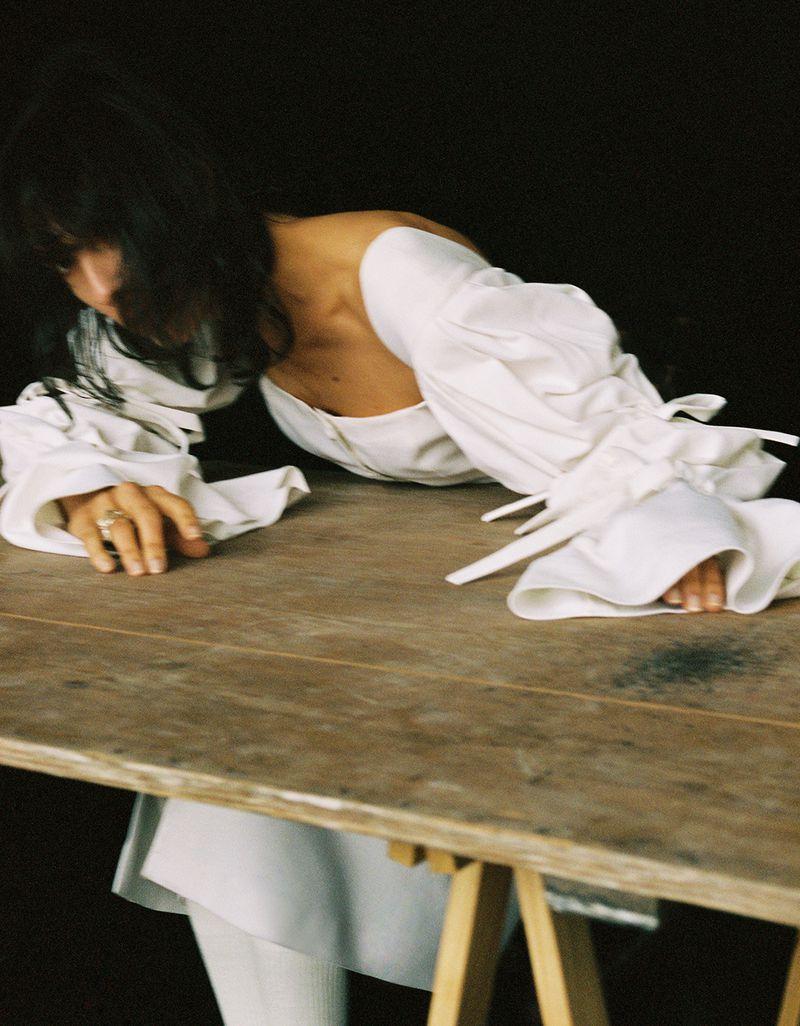 Jamie-Bochert-by-Branislav-Simoncik-for-Vogue-Portugal-March-2019- (5).jpg