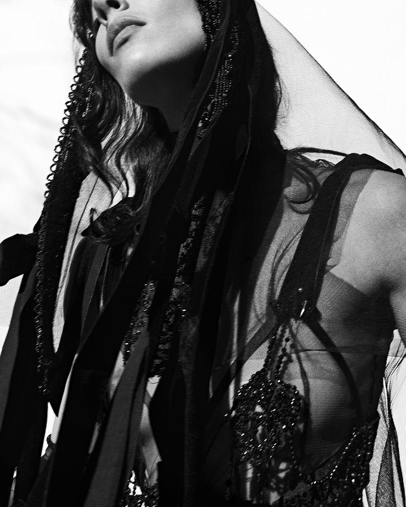 Jamie-Bochert-by-Branislav-Simoncik-for-Vogue-Portugal-March-2019- (9).jpg