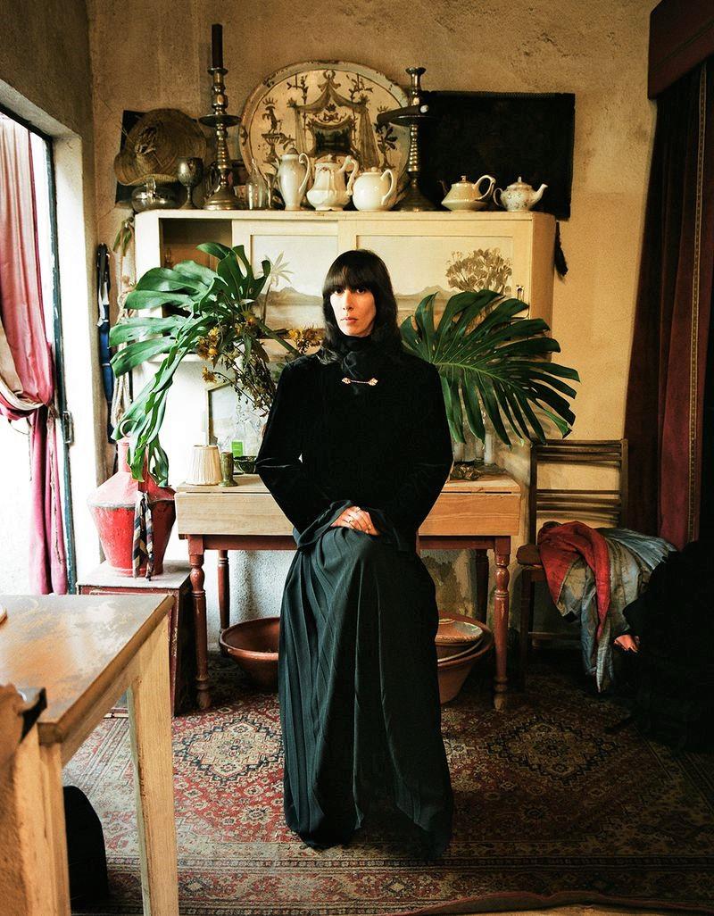 Jamie-Bochert-by-Branislav-Simoncik-for-Vogue-Portugal-March-2019- (15).jpg