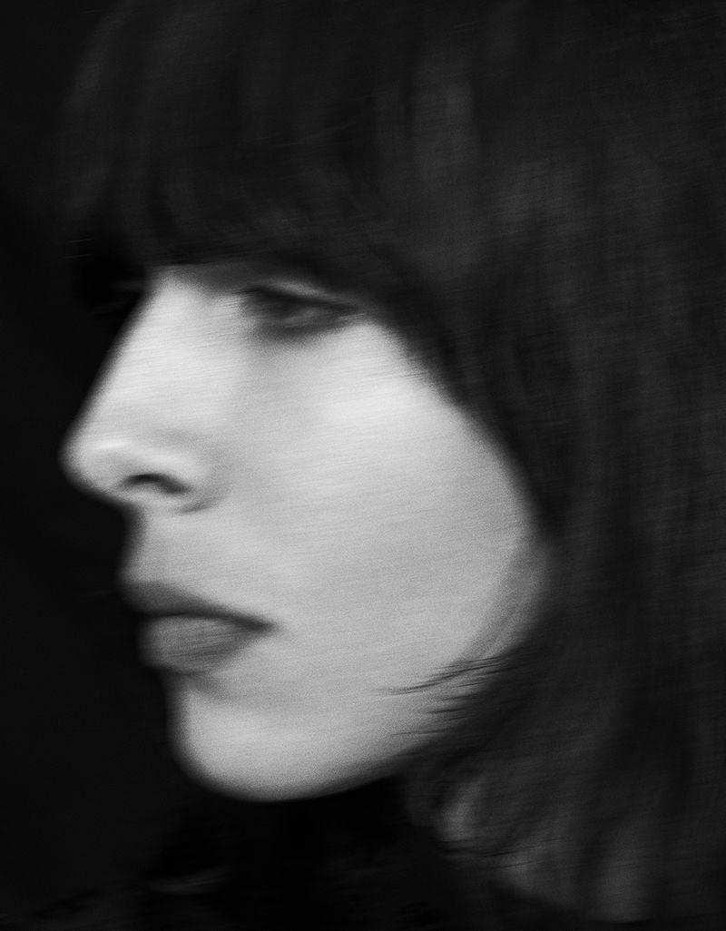 Jamie-Bochert-by-Branislav-Simoncik-for-Vogue-Portugal-March-2019- (21).jpg