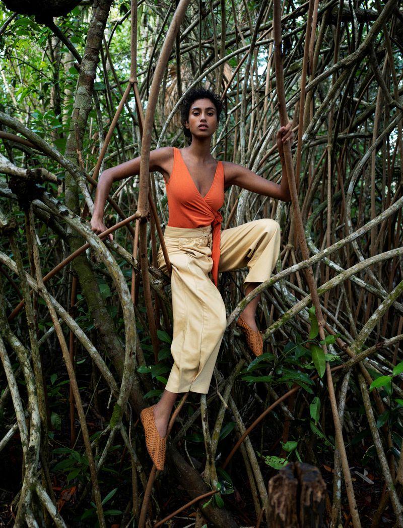 Imaan-Hammam-Bibi-Cornejo-Borthwick-Vogue-Netherlands- (9).jpg
