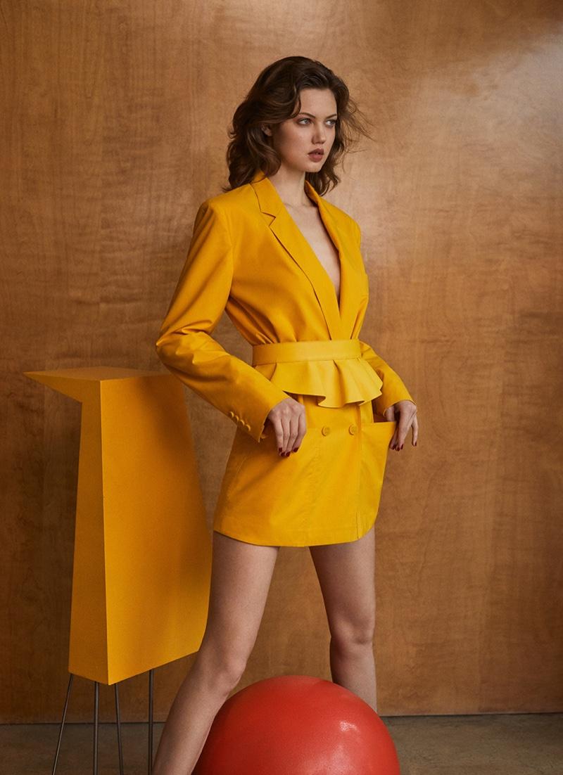 Lindsey-Wixson-Zoey-Grossman-Vogue-Hong-Kong-March- (3).jpg