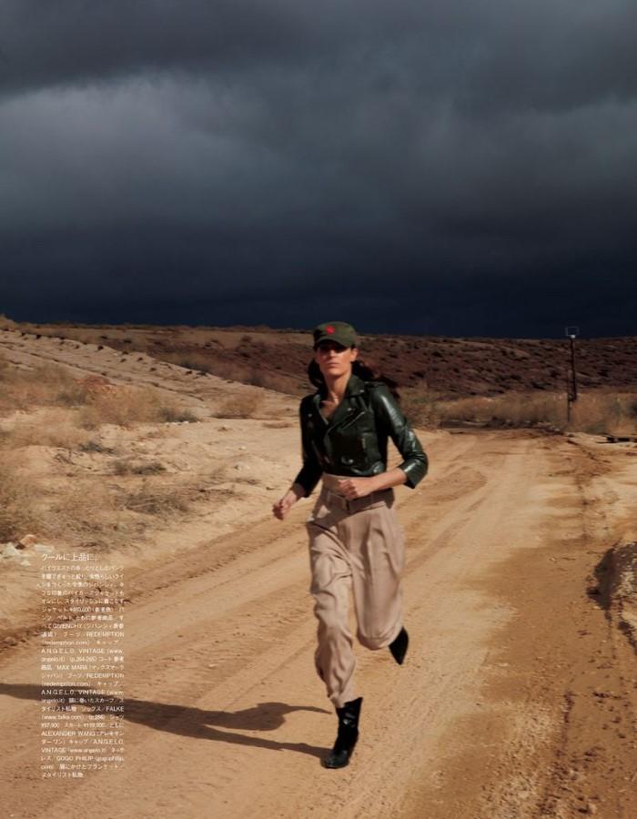 Othilia-Simon-Damilla-Akrans-Vogue-Japan-April-2019 (4).jpg