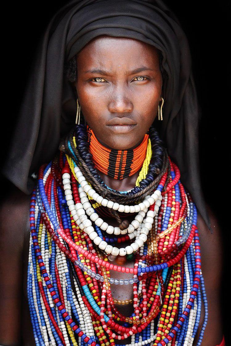 Mario Gerth Arbore tribe woman.jpg