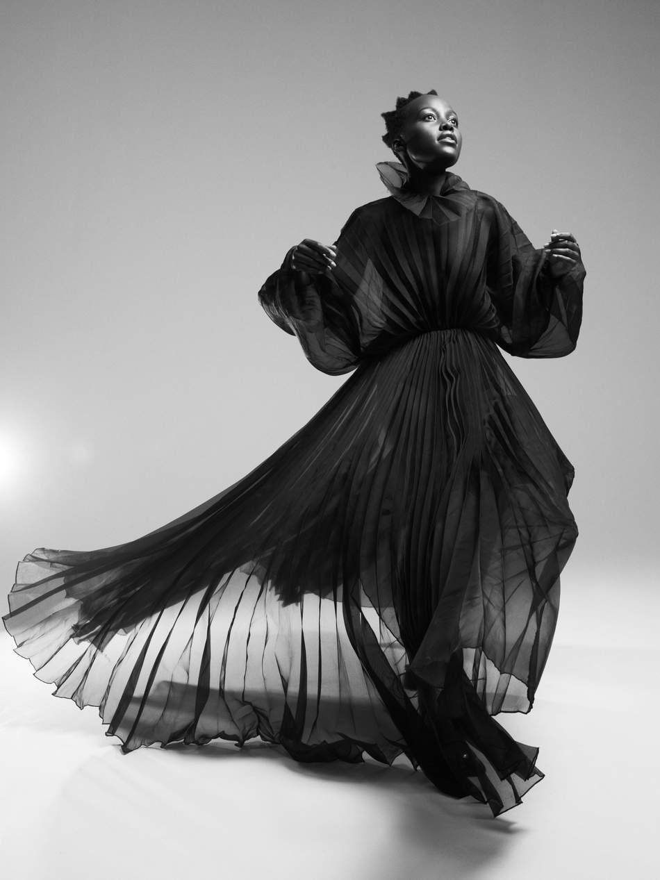 Lupita-Nyong'o-Paola-Kudacki-Porter-Edit (8).jpeg
