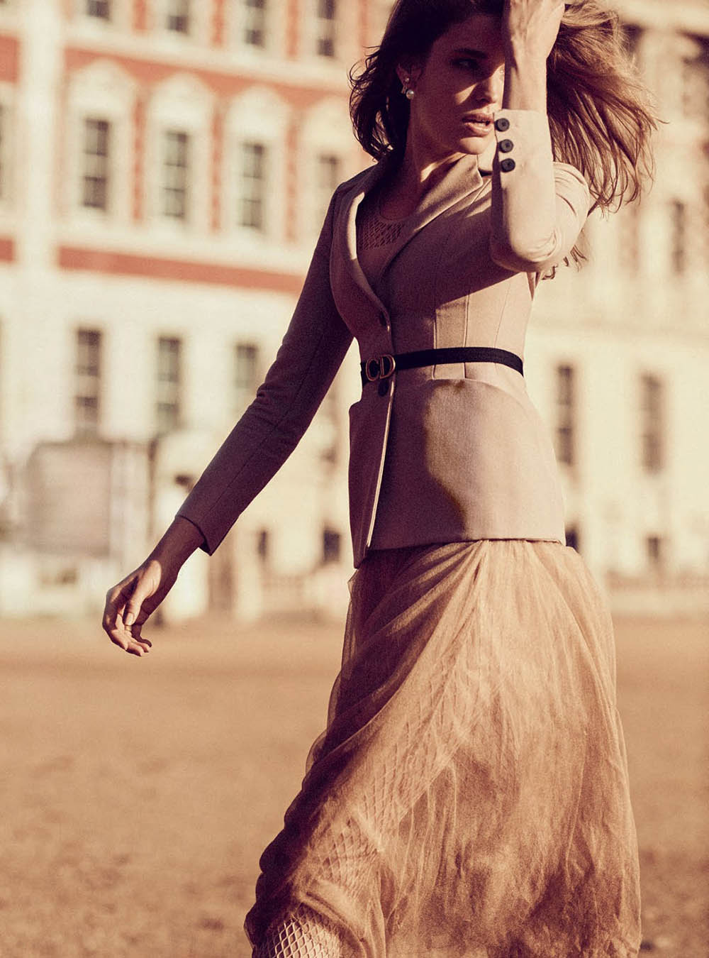 Alisa-Ahmann-by-Regan-Cameron-for-Harper's-Bazaar-UK-March-2019-6.jpg