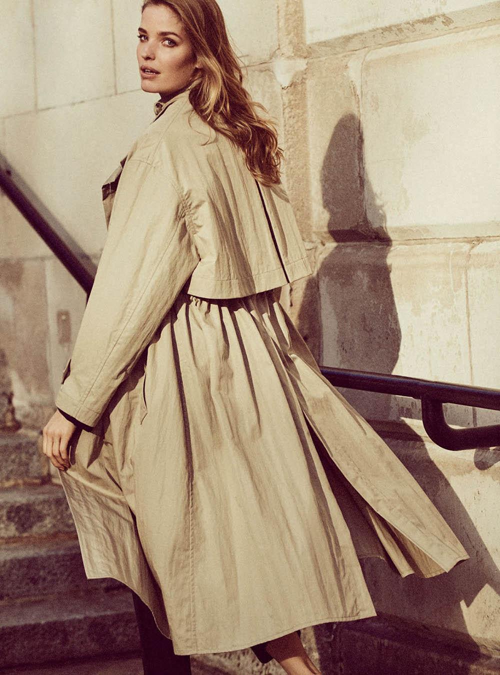 Alisa-Ahmann-by-Regan-Cameron-for-Harper's-Bazaar-UK-March-2019-10.jpg