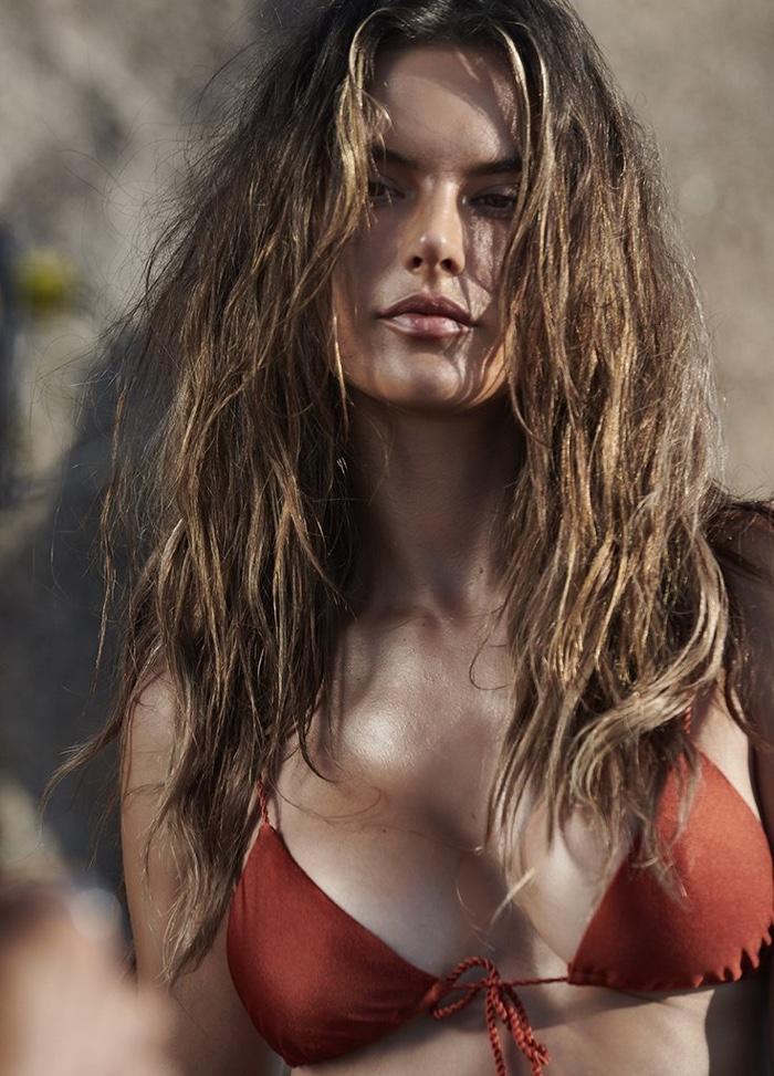 Alessandra-Ambrosio-GAL-Floripa-Stewart-Shining-Floripa (14).jpg