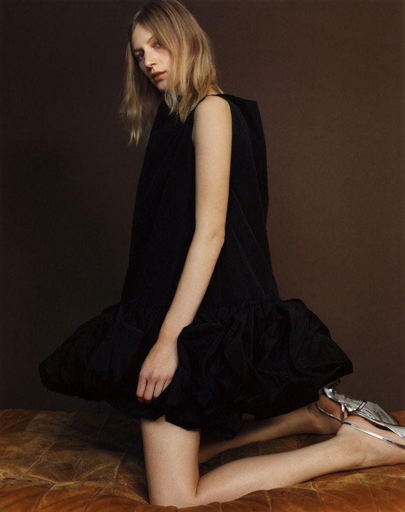 Julia-Nobis-Zoe-Ghertner-M-Le-Monde- (3).jpg