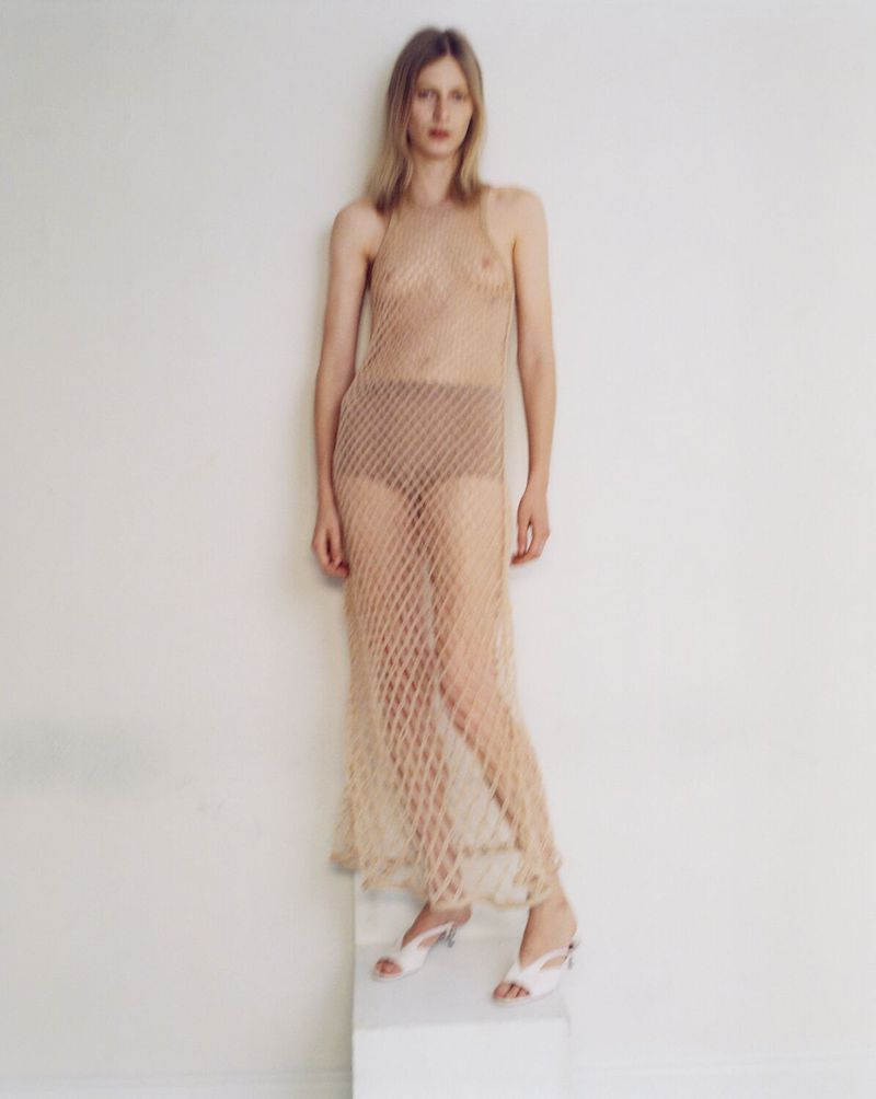 Julia-Nobis-Zoe-Ghertner-M-Le-Monde- (8).jpg