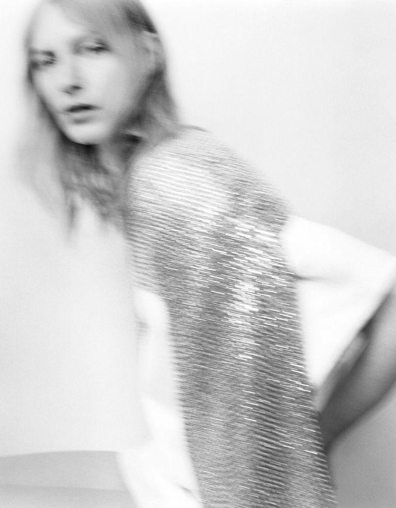 Julia-Nobis-Zoe-Ghertner-M-Le-Monde- (9).jpg