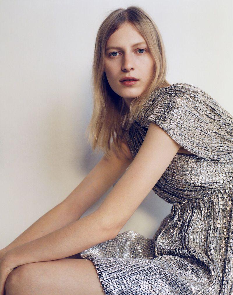 Julia-Nobis-Zoe-Ghertner-M-Le-Monde- (15).jpg