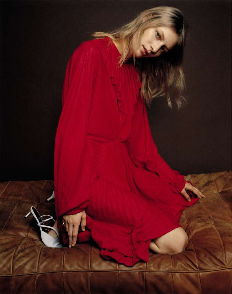 Julia-Nobis-Zoe-Ghertner-M-Le-Monde- (16).jpg