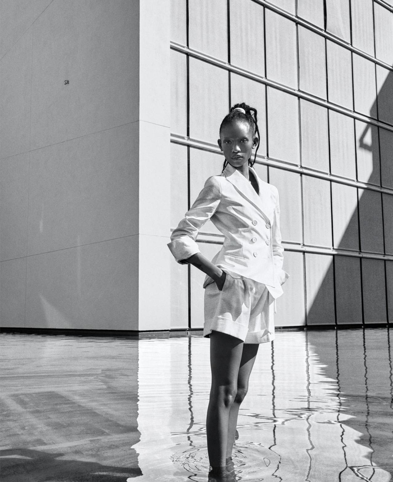 Adesuwa-Aighewi-Sebastian-Kim-Harpers-Bazaar- US-April-2019- (3).jpg