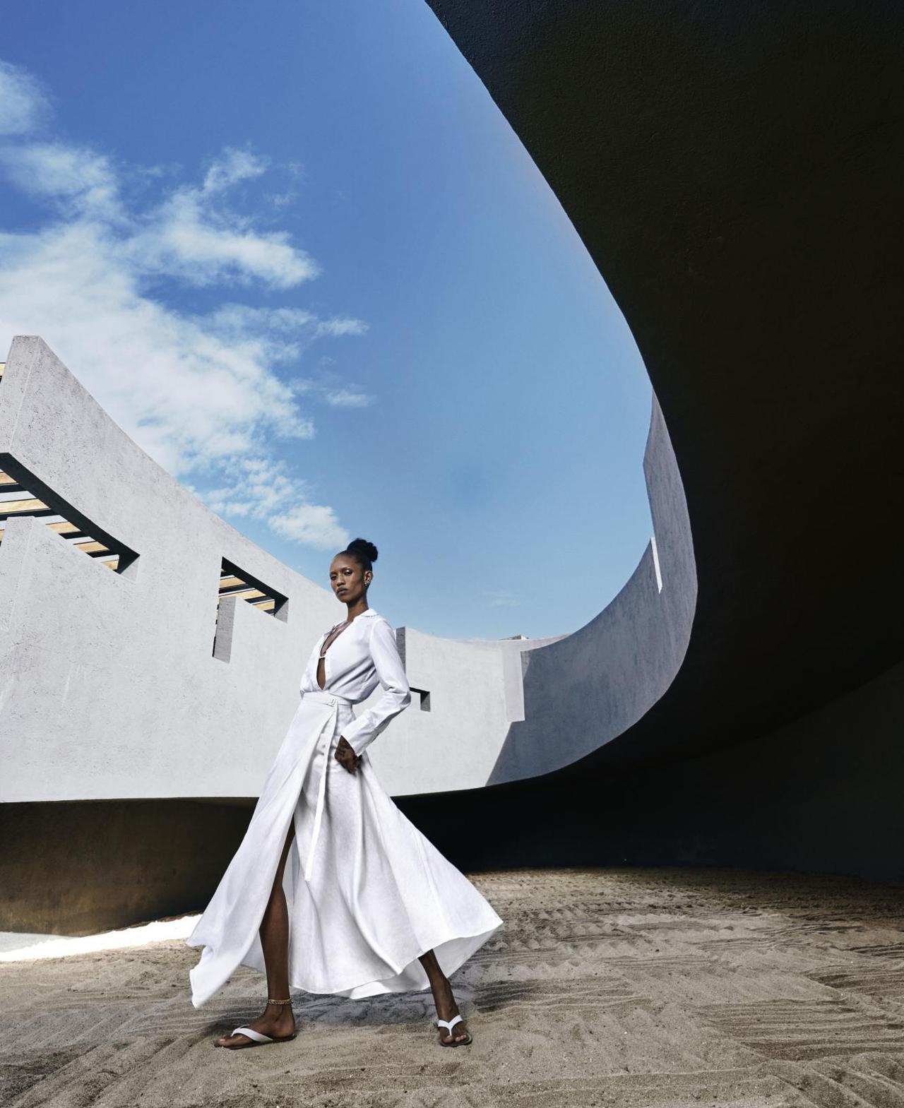 Adesuwa-Aighewi-Sebastian-Kim-Harpers-Bazaar- US-April-2019- (4).jpg