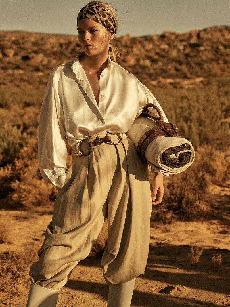 Anna-Ewers-Lachlan-Bailey-Vogue-Paris-April- (10).jpg