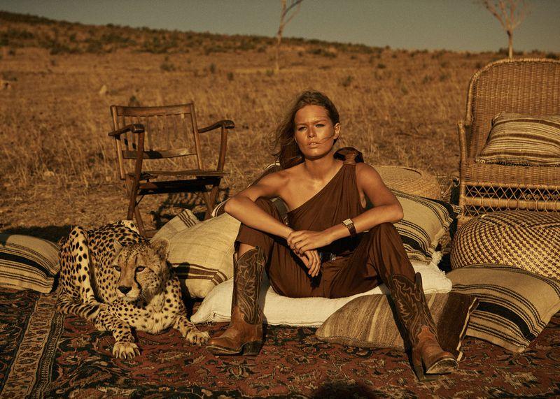 Anna-Ewers-Lachlan-Bailey-Vogue-Paris-April- (2).jpg