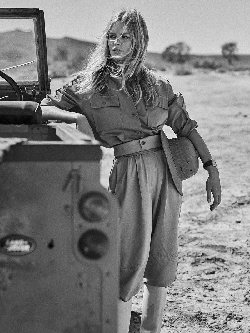 Anna-Ewers-Lachlan-Bailey-Vogue-Paris-April- (1).jpg