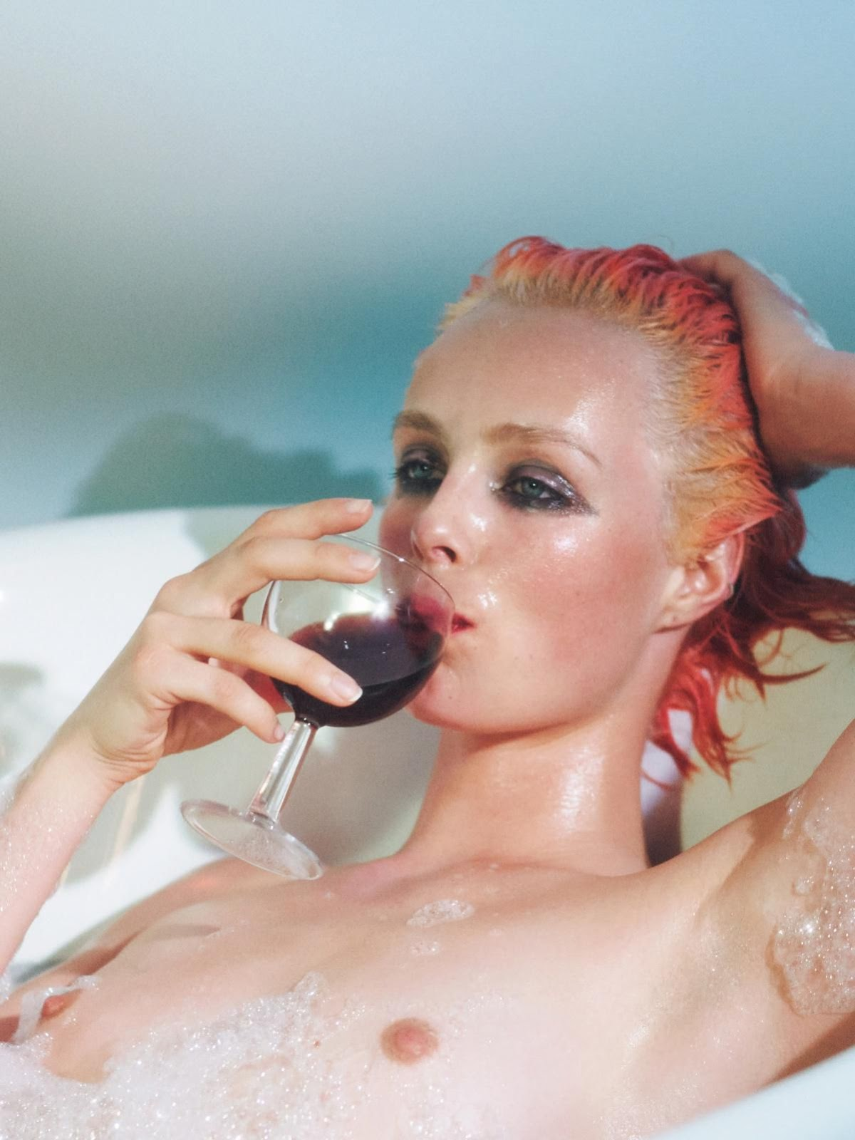 Vogue Paris April 2019 20.jpg