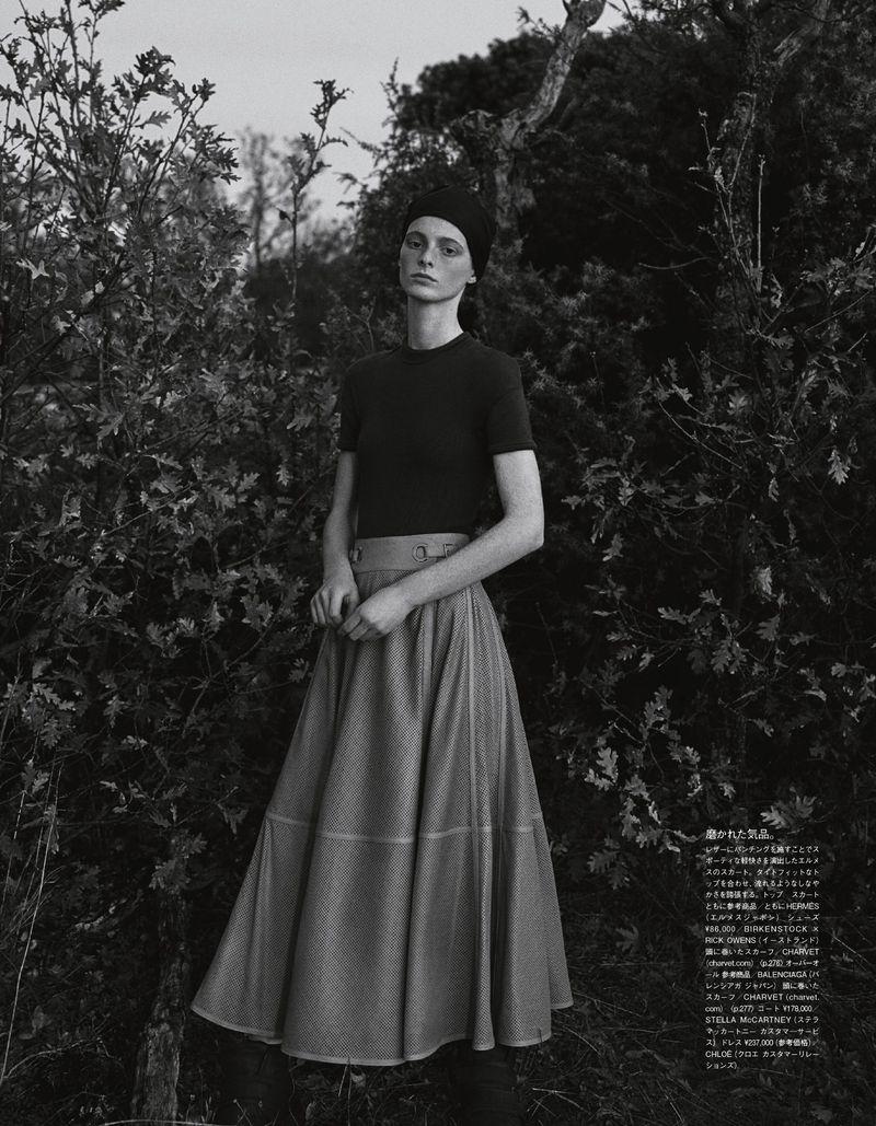 Clementine-Balcaen-Amit-Vogue-Japan-May-2019 (5).jpg