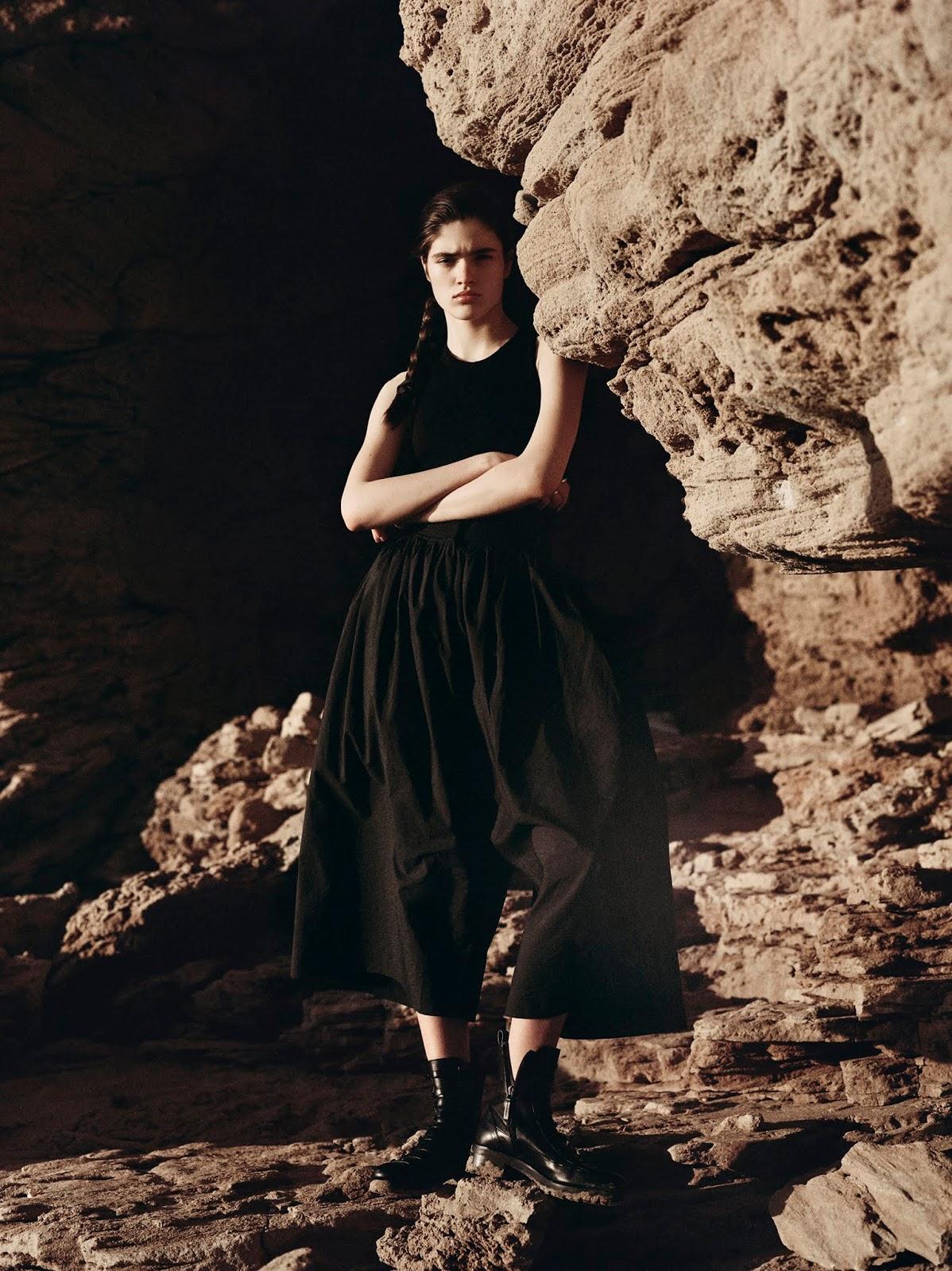 Alexandra-Micu-Sonia-Szostak-Porter Edit- (3).jpg