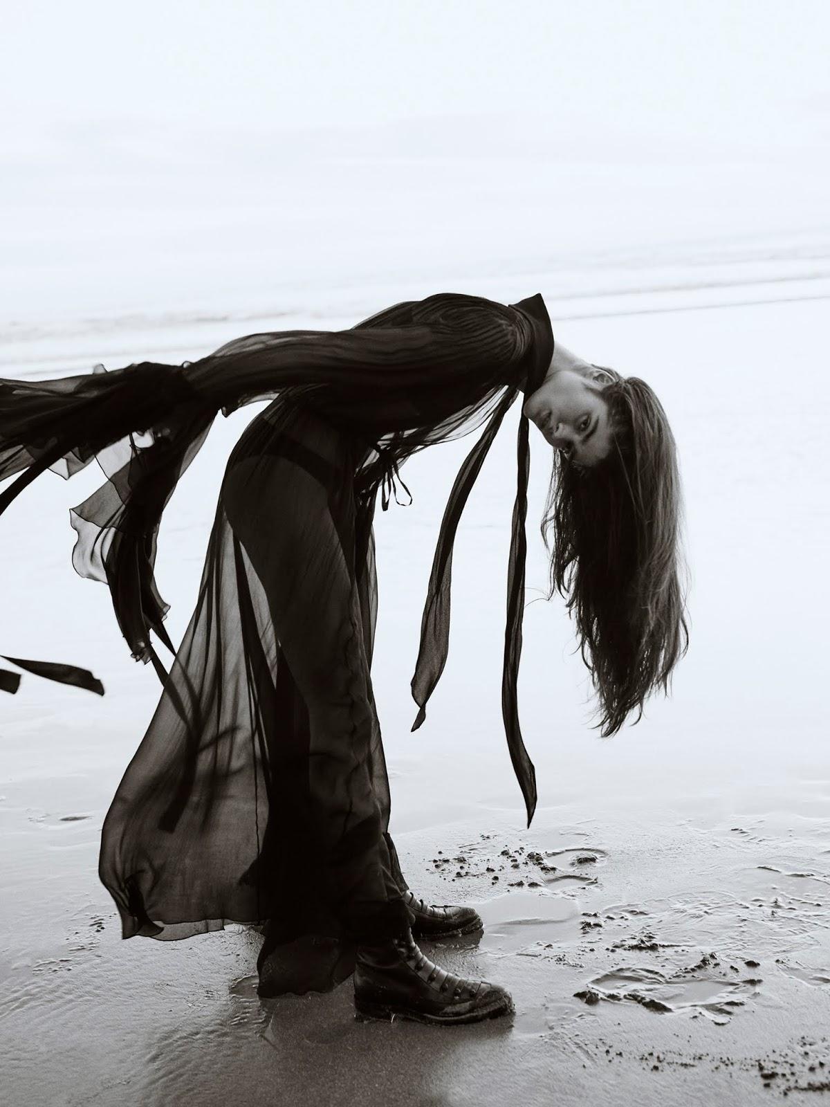 Alexandra-Micu-Sonia-Szostak-Porter Edit- (5).jpg