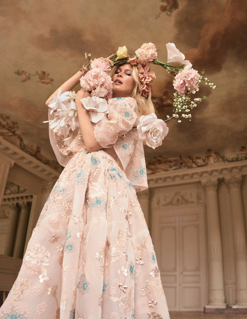 Camilla-Akrans-Spring-Couture-Vogue-China (10).jpg