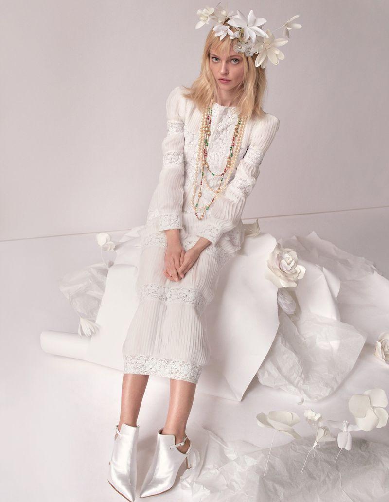Camilla-Akrans-Spring-Couture-Vogue-China (8).jpg