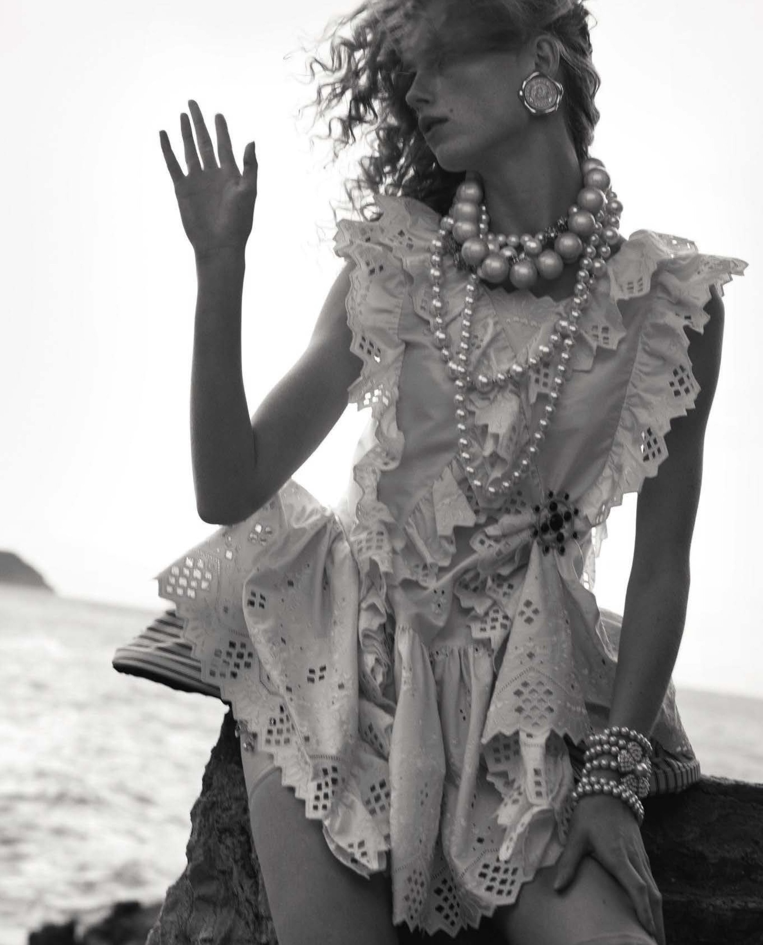 Rianne-Van-Rompaey-Vogue-Italia-April-2019- (4).jpg