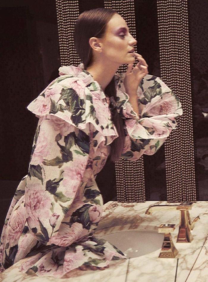 Ine-Neefs-by-Regan-Cameron-for-Harpers-Bazaar-Germany- (4).jpg