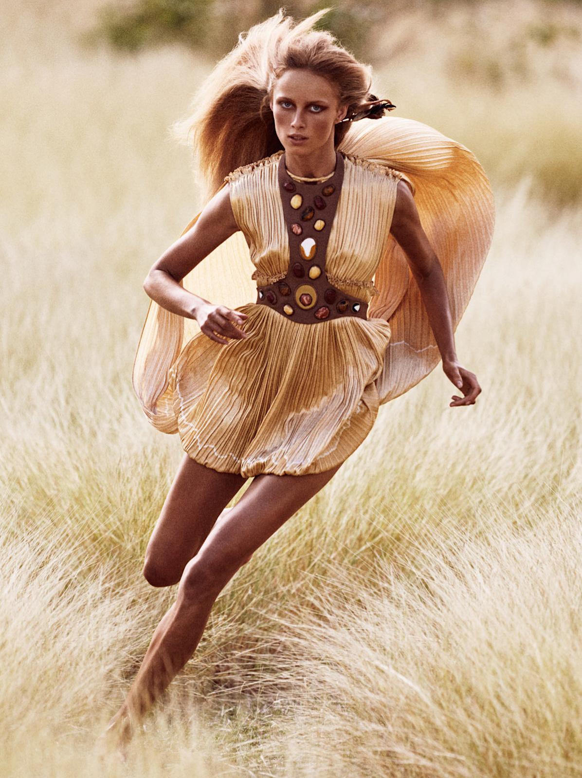 Rianne Van Rompaey by Mikael Jansson for Vogue Paris (1).jpg