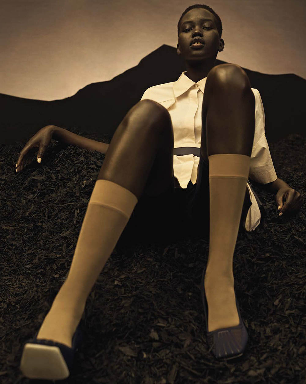 Adut-Akech-by-Josh-Olins-for-Vogue-Italia-April-2019-4.jpg