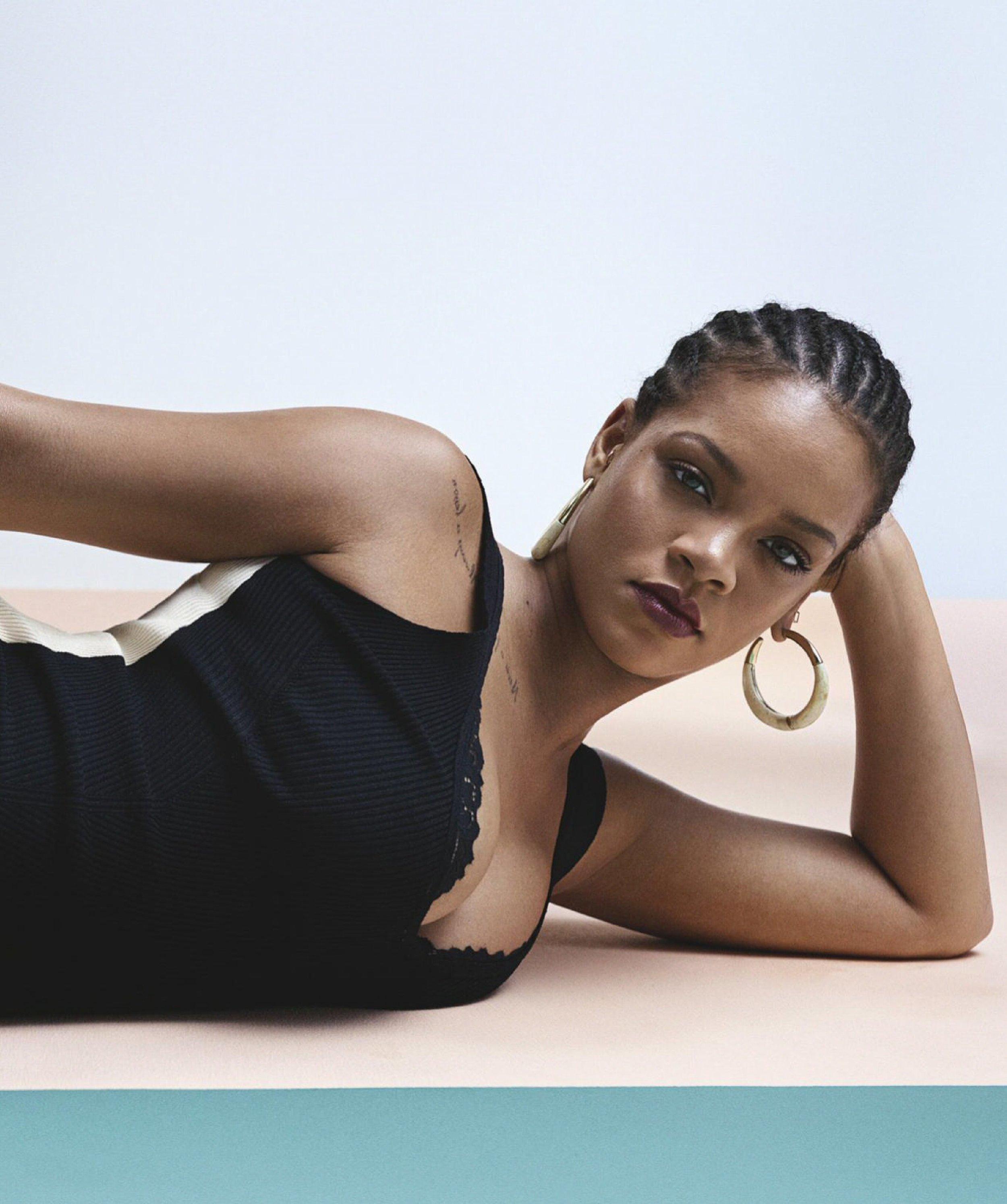Rihanna-Josh-Olins-Vogue-Australia-May-2019- (10).jpg