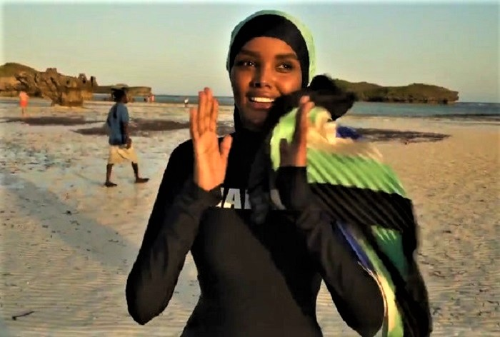 halima-aden-is-the-first-to-model-a-burkini-in-sports-illustrated-7.jpg