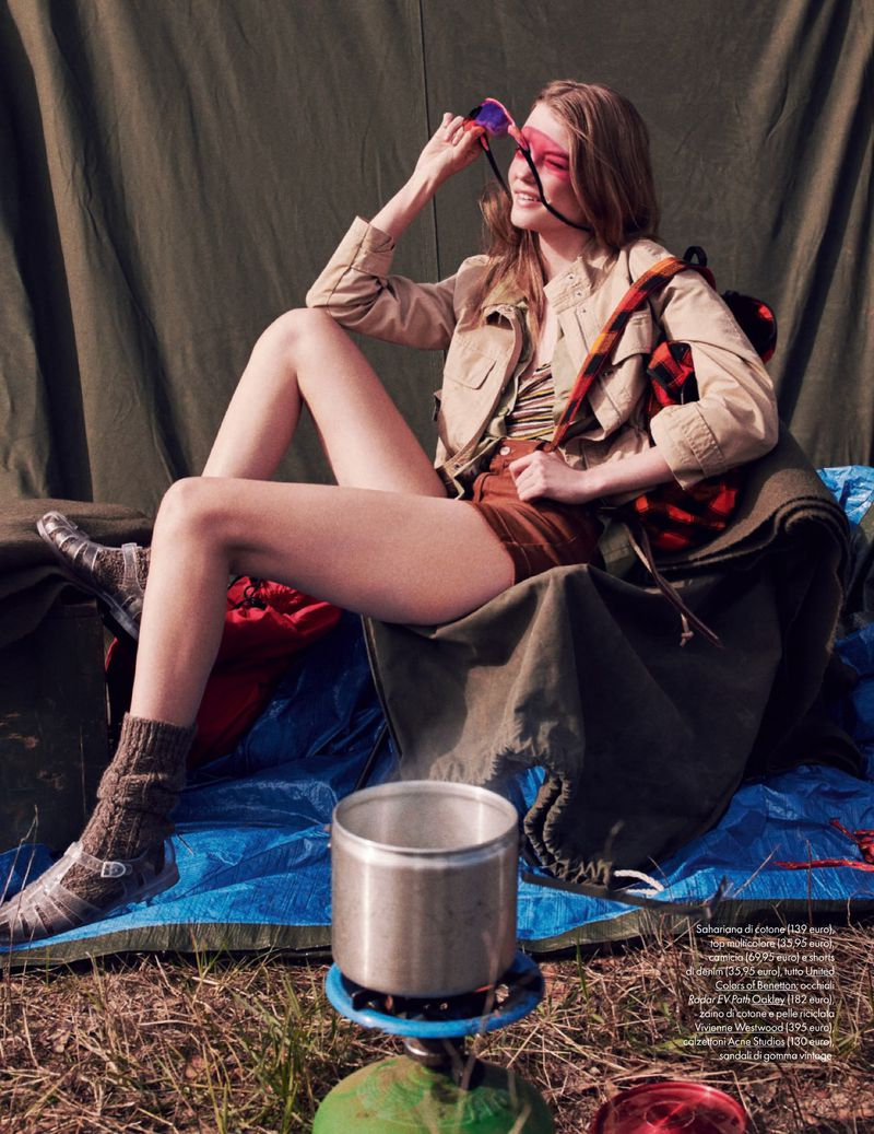 Roos Abels Goes Glamping In Laurie Bartley Images For ELLE Italia May 2019